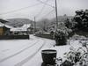 120123 雪に覆われた家々.jpg