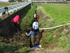 120320 防火用水路の清掃中.jpg
