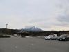 121218 どんぐり村の駐車場と大山.jpg