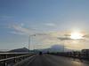 121220 朝の日野橋と大山.jpg