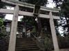 130915 三輪神社 境内.jpg