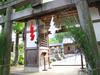 140719 すこし華やかな三輪神社.jpg