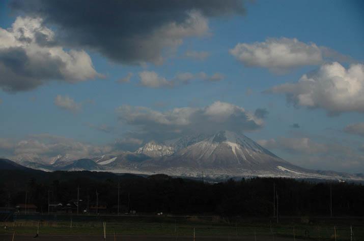 090325再び大山に雪が・・.jpg