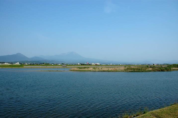 090510 日野川河口と大山.jpg