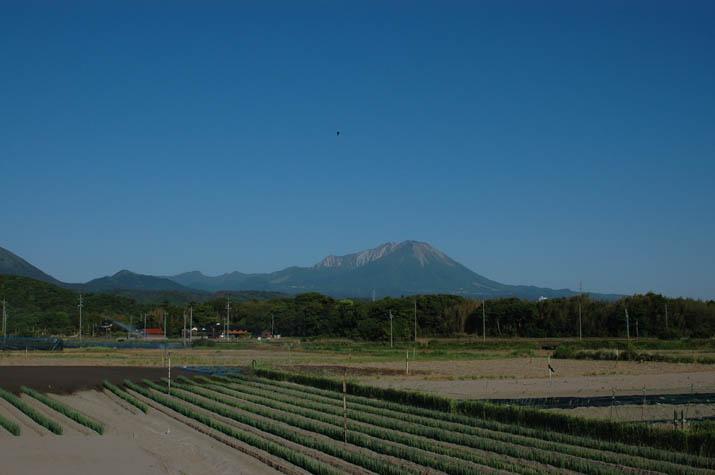 090514 大山と淀江町の山々.jpg