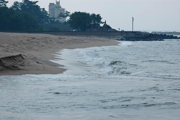 090705 日野川河口の波.jpg
