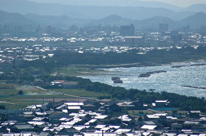 090828 佐陀川河口周辺と米子市街.jpg