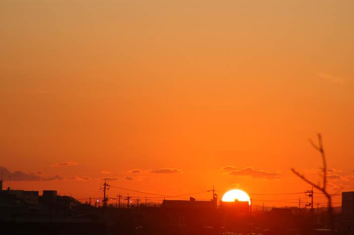 090913 オレンジ色の夕日.jpg