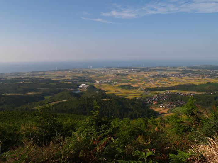 090923 大山町と風車と妻木晩田遺跡.jpg