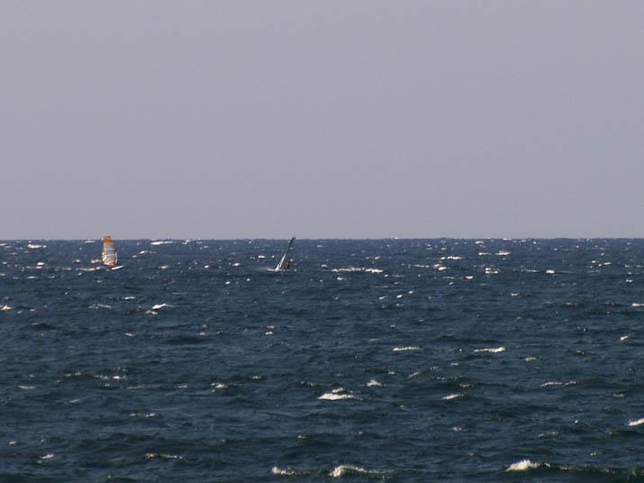 090926 美保湾のウインドサーフィン.jpg