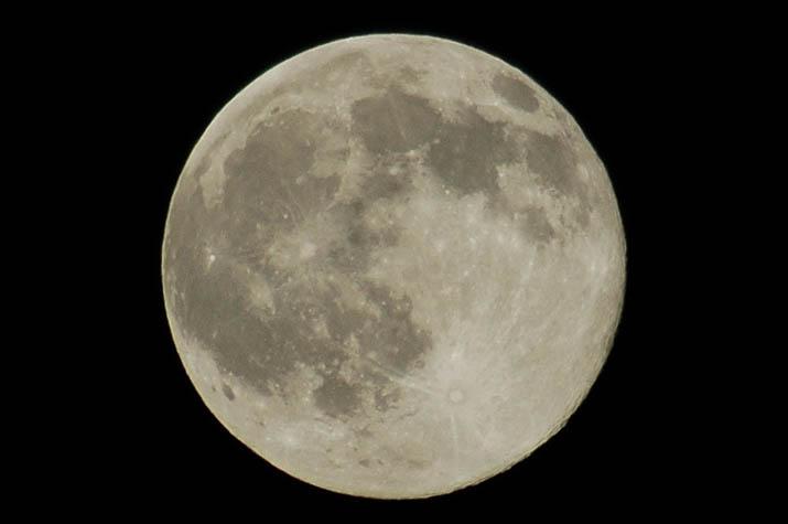 091004 満月の夜.jpg