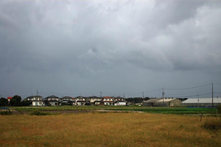 091007 今日の厚い雲.jpg
