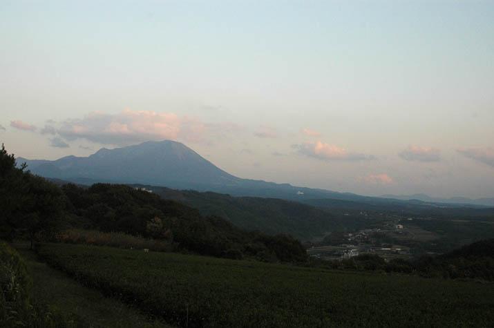 091019 日暮れの大山.jpg