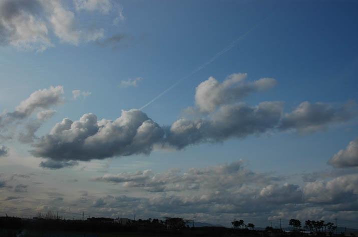 091215 絵画のような雲と空.jpg