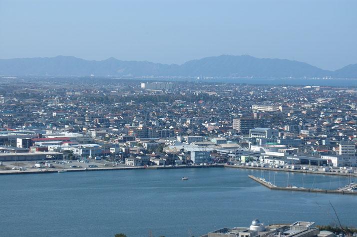 100k_002 湊山山頂から眺めた旗ヶ崎方面