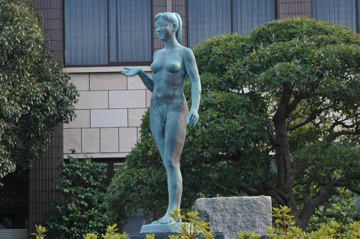 100k_065 淀江支所のブロンズ像.jpg