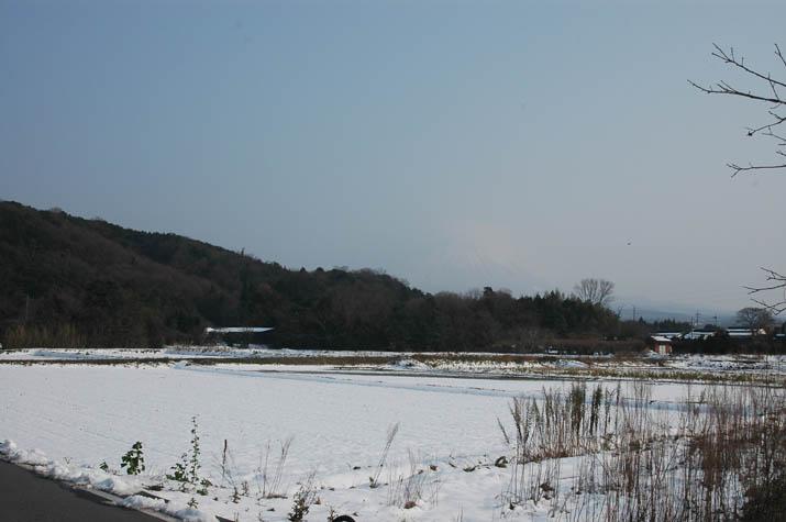 100103 壺瓶山と青い空・・jpg