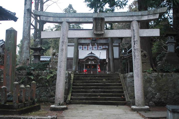 100105 三輪神社.jpg