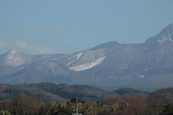 100129 雪解け大山スキー場.jpg