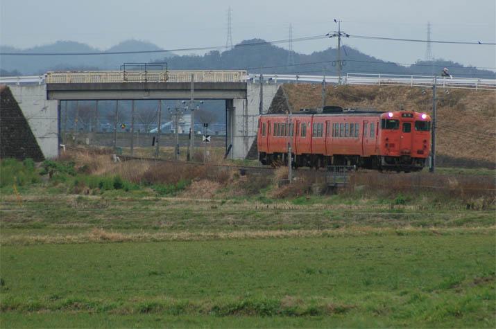 100305 鳥取行き普通列車.jpg