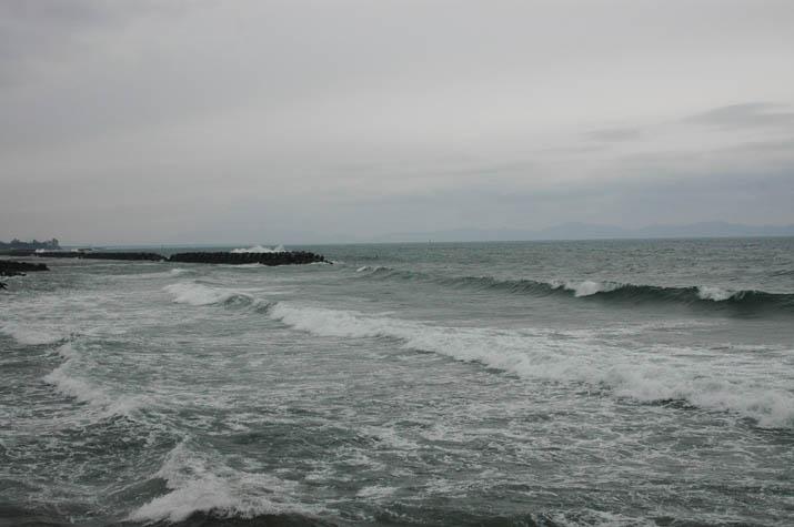 100324 荒れる海.jpg
