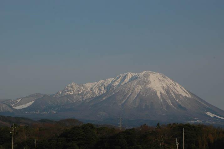 100330 白雪大山.jpg