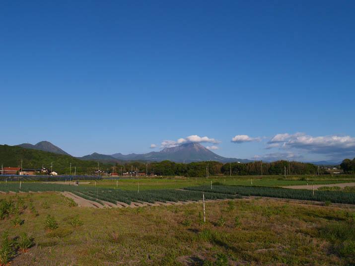 100514 青空と大山.jpg