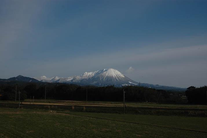100630 2月の大山.jpg