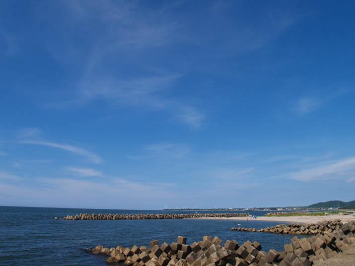 100724 真夏の海岸.jpg