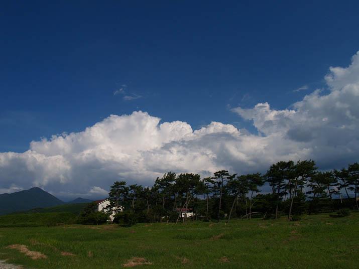 100724 大山には大きな雲が.jpg