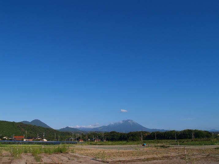 100909 大山と青空.jpg