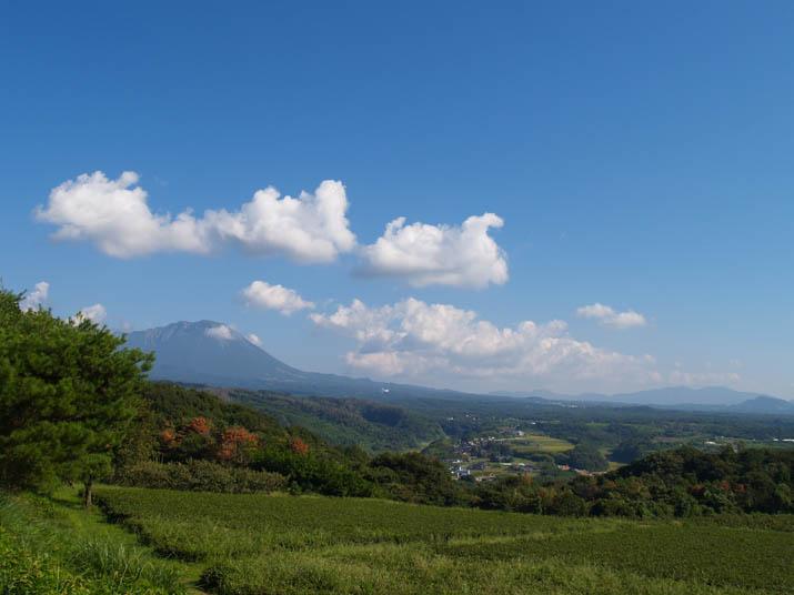 100917 壺瓶山から大山の眺め.jpg