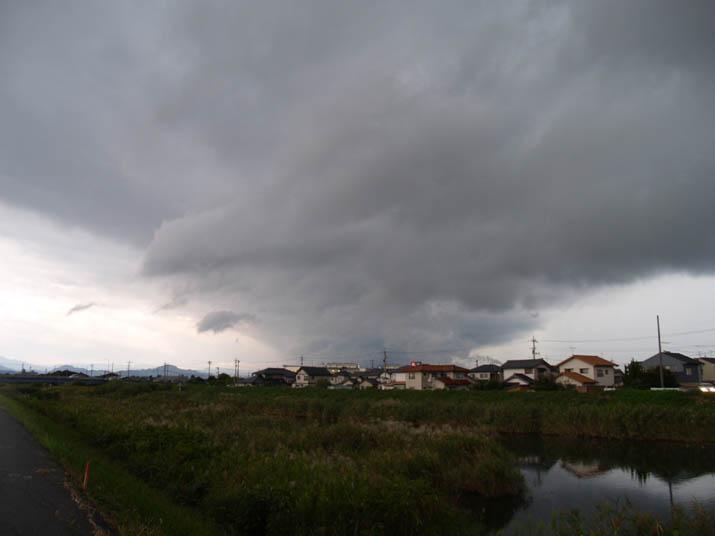 101003 米子に迫る大きな雲.jpg