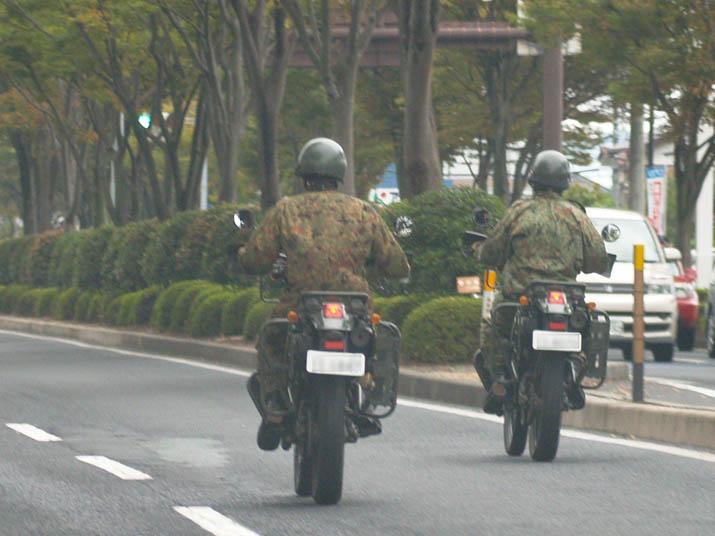 101009 偵察隊 カワサキKLX.jpg