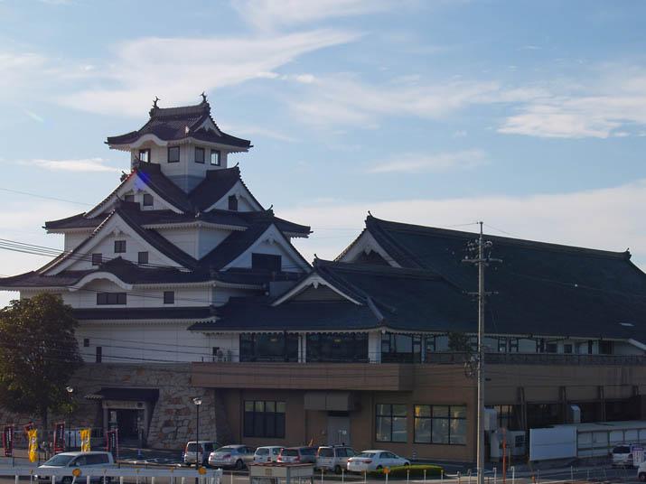 101024 お菓子の城 寿城.jpg