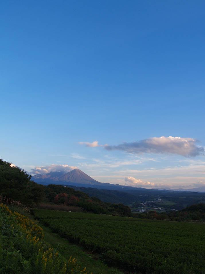 101103 大空と大山.jpg