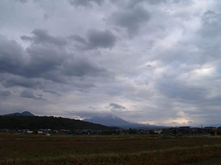 101109 大山と夕方の雲.jpg