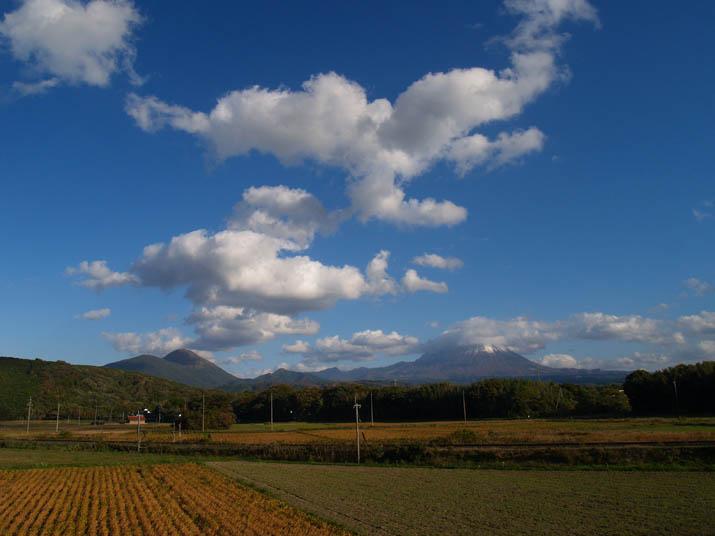 101110 大山と今日の空.jpg