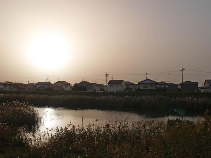 101112 黄砂で太陽乱反射.jpg