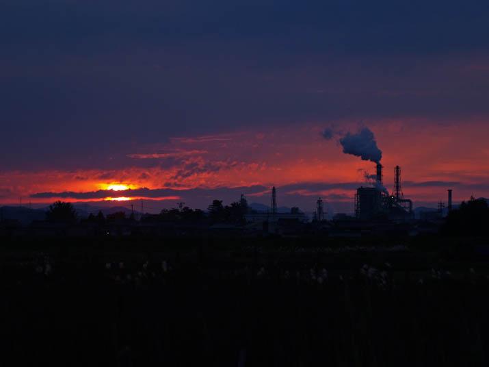 101119 日没前の太陽.jpg