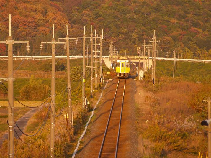 101129 米子へ向かう特急列車.jpg