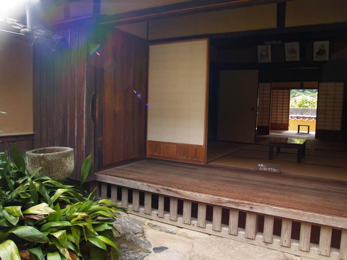 101205 森鴎外の旧家.jpg