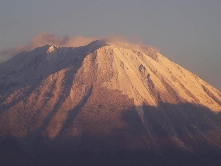 101218 夕方の大山.jpg