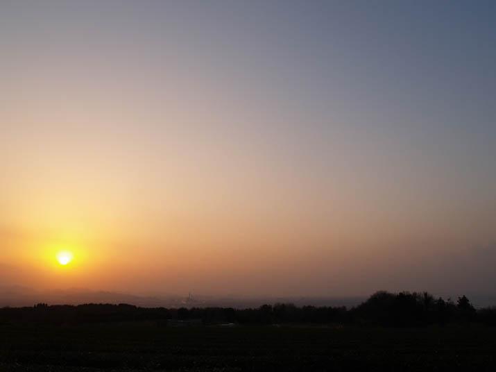 101229 壺瓶山の夕日.jpg