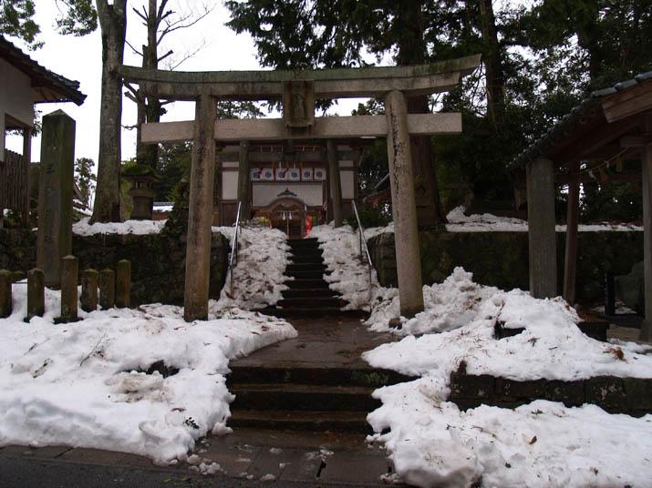 110105 淀江町 三輪神社.jpg