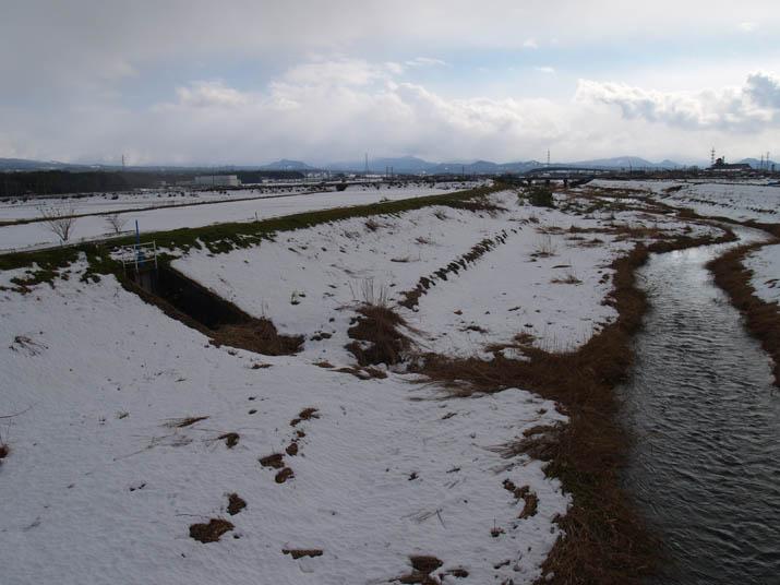 110110 佐陀川の雪.jpg