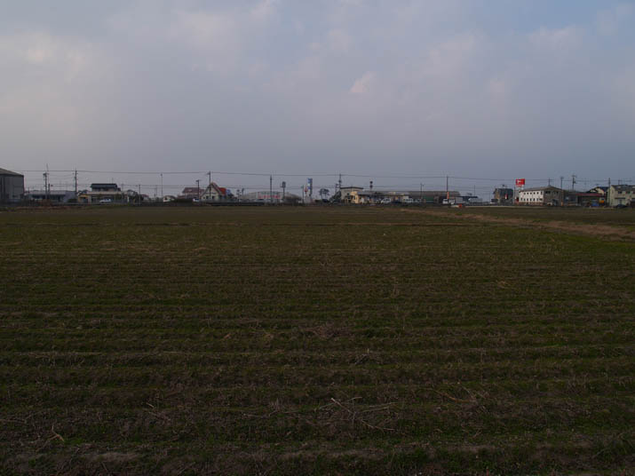 110225 畑と9号線.jpg