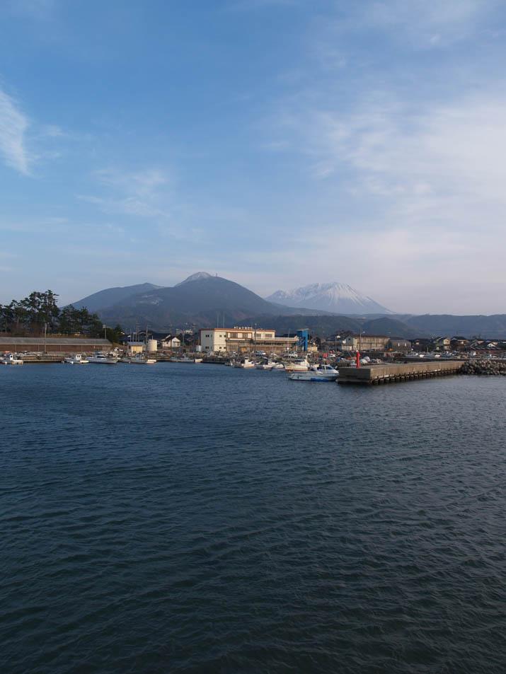 110226 淀江漁港から大山.jpg