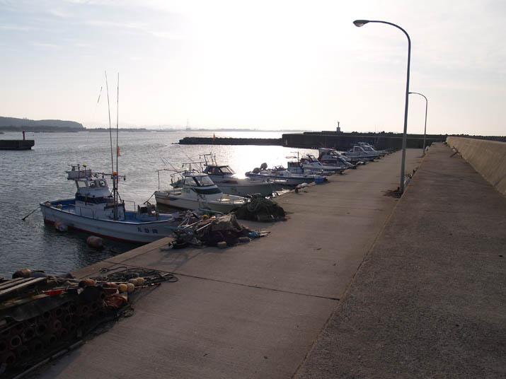 110228 淀江漁港の眩しさ.jpg