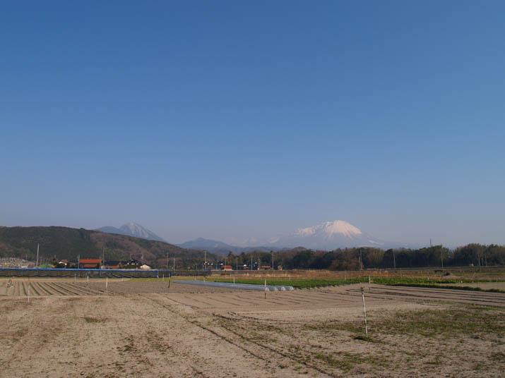110313 壺瓶山と大山.jpg